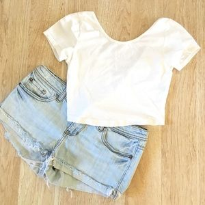 Brandy Melville - Crop top low back